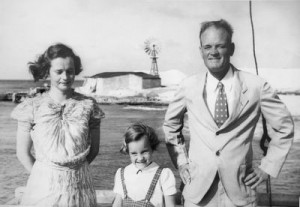 1940 Paramount Pictures in preparation for filming Bahama Passage. This is Rosalie Harriot between her parents on the dock at the White House. That is the mill at Dunscomb Point behind them. Copyright Fresno Chile Pepper Co 2005