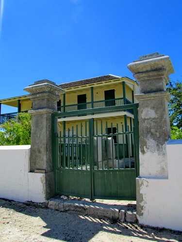 Salt Cay Government House 2013 - during priming and painting stages - photo by Marta Morton